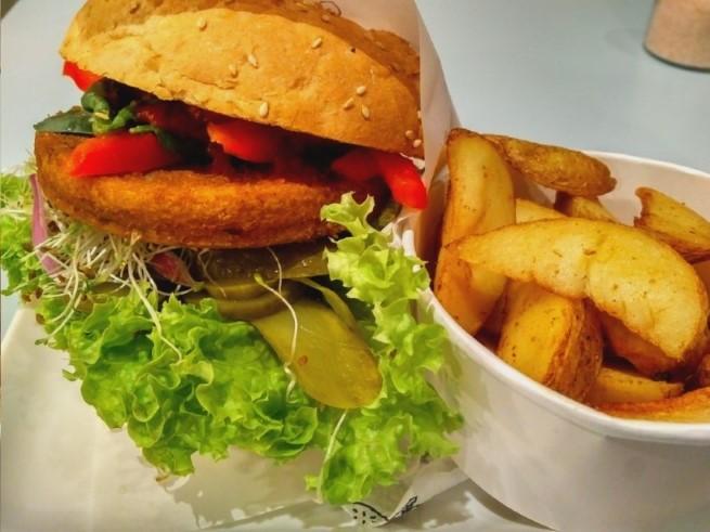 Vegan Krakow - Krowarzywa Vegan Burger Krakow