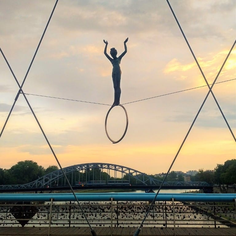 Krakow - Bridge of Locks acrobat