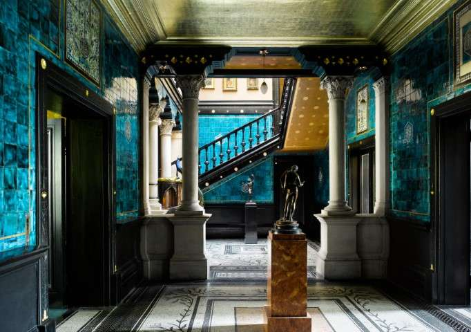 he Narcissus Hall in Leighton House Museum