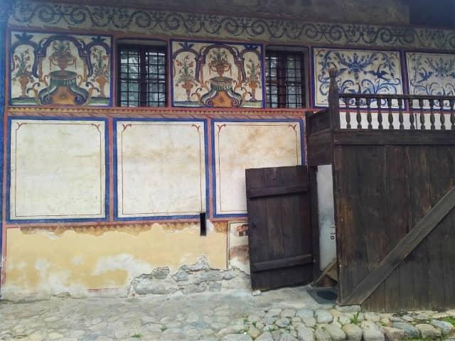 Velyanova House