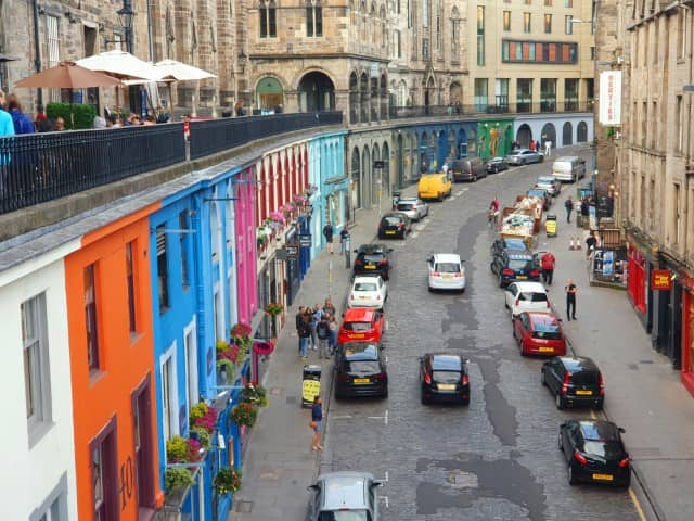 Victoria Street Edinburgh Instagrammable street