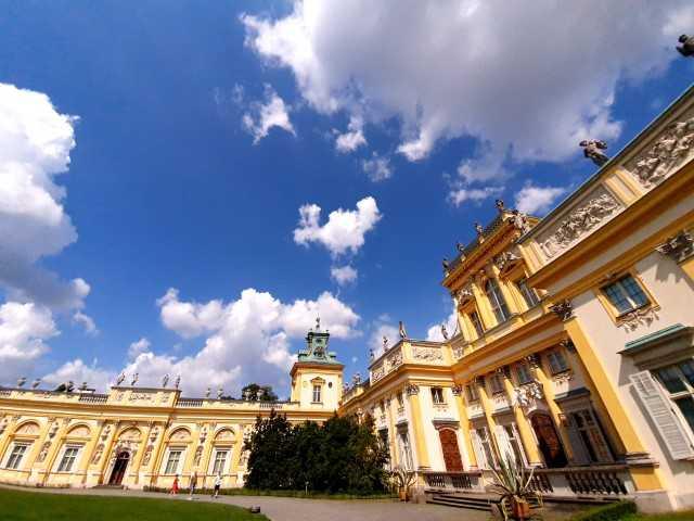 Wilanow Palace and Gardens tour