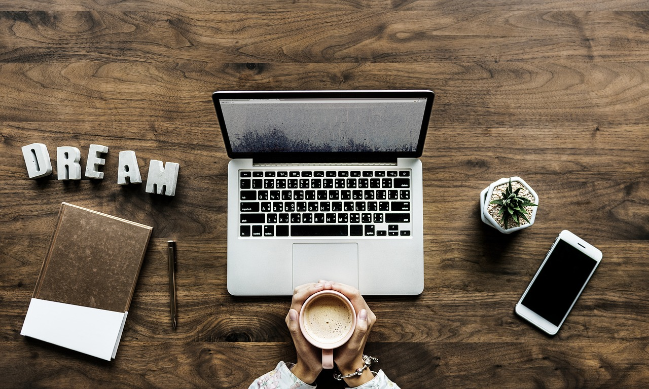 Find clients as a digital nomad